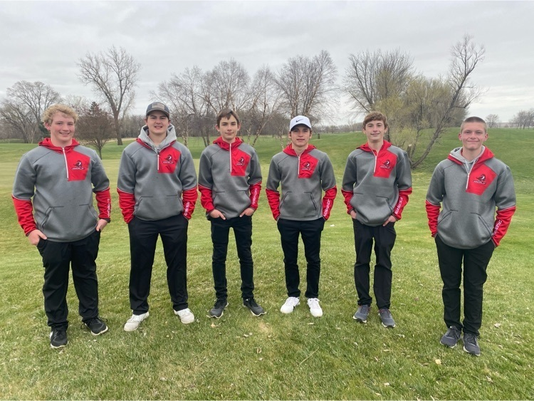 Pender Golf (214) beats GACC (215) in the golf duel today at Twin Creeks. Trey Johnson comes in first place carding a 46.